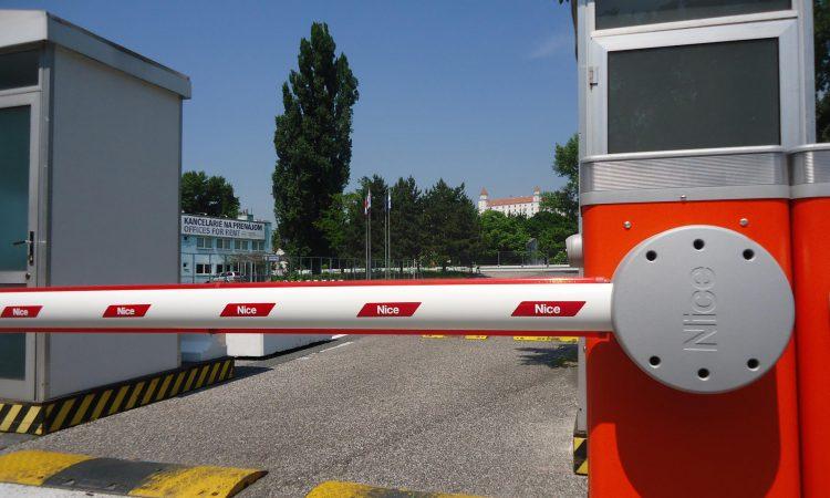 Barreras y control de accesos 3